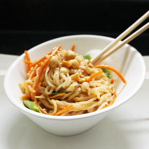 Peanut sesame shirataki noodles recipe from @bijouxandbits