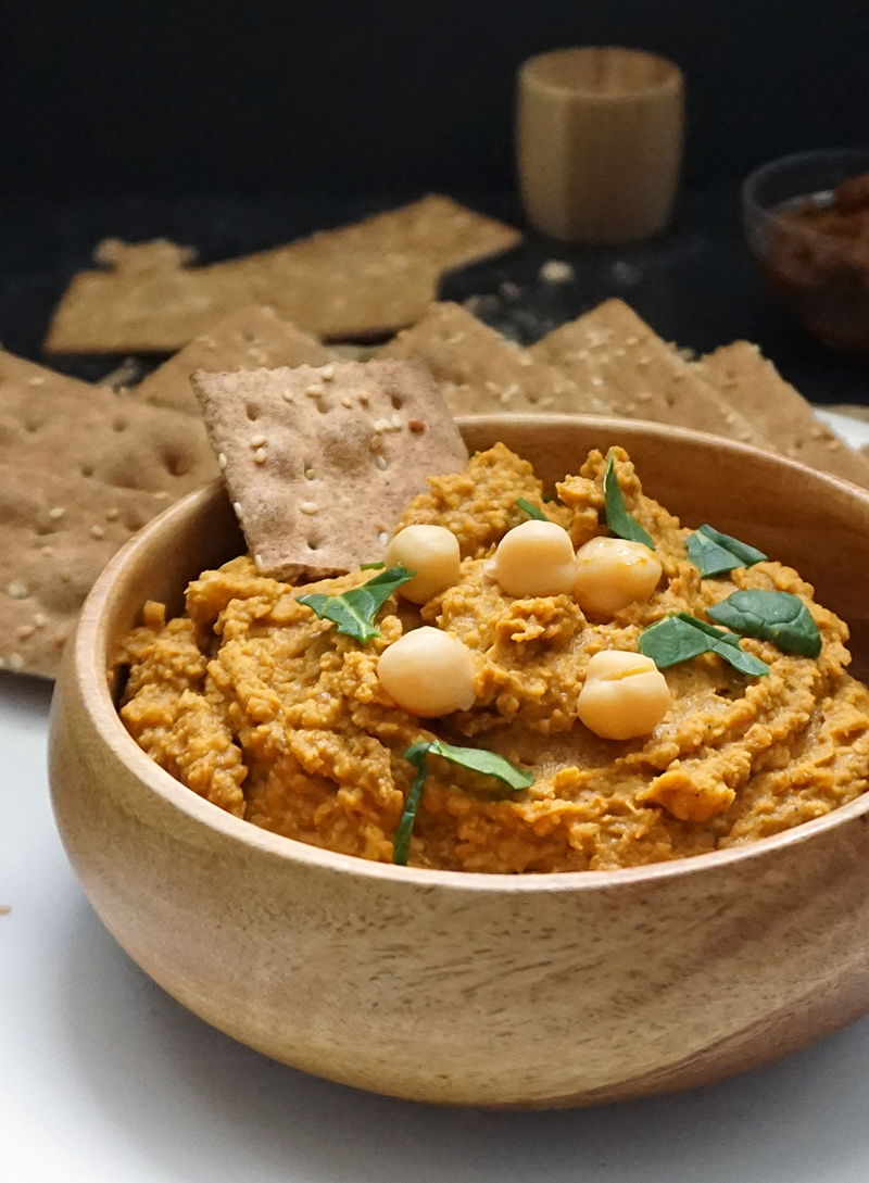 Coconut lemongrass curry hummus