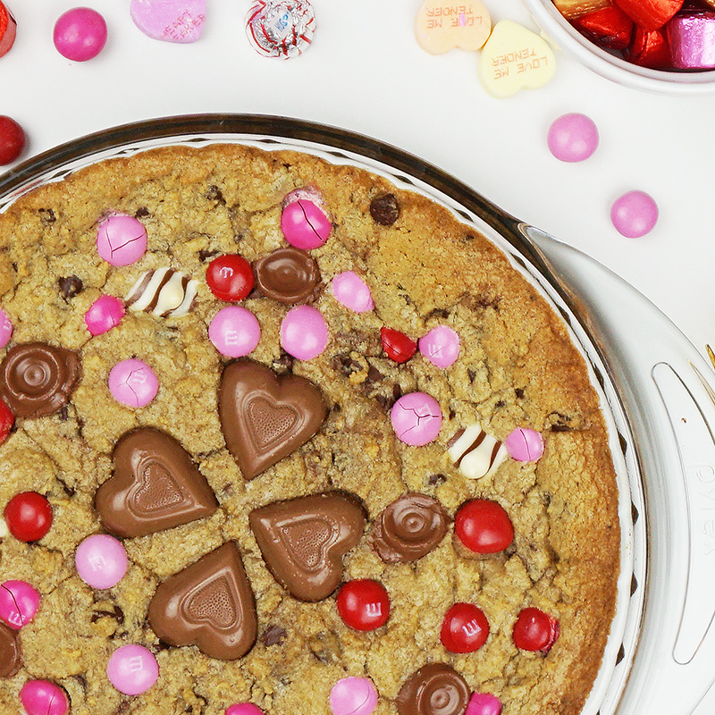 Candy-loaded cookie pie