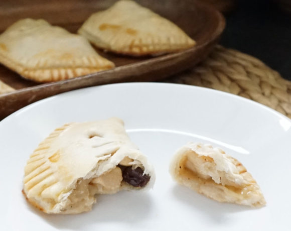 Rustic honeyed chicken hand pies (a Game of Thrones party recipe!)