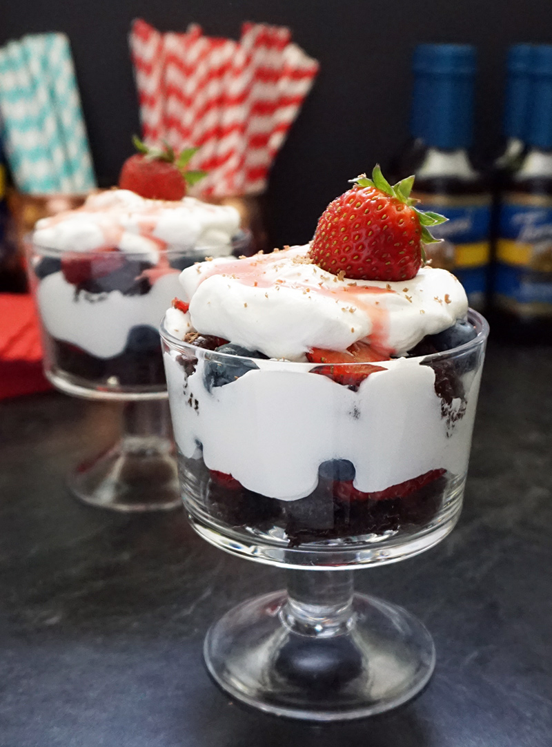 Berry brownie trifle and grasshopper juleps (Kentucky Derby nibbles ...