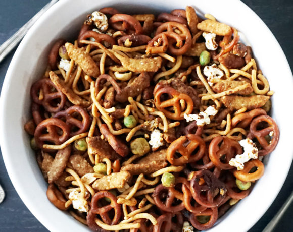 Asian snack mix for your party goers