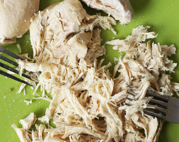 How to cook chicken in a slow cooker