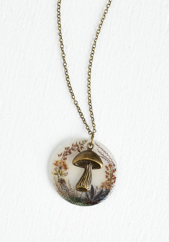 mushroom-necklace