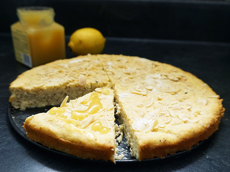 Lemon lavender almond cake