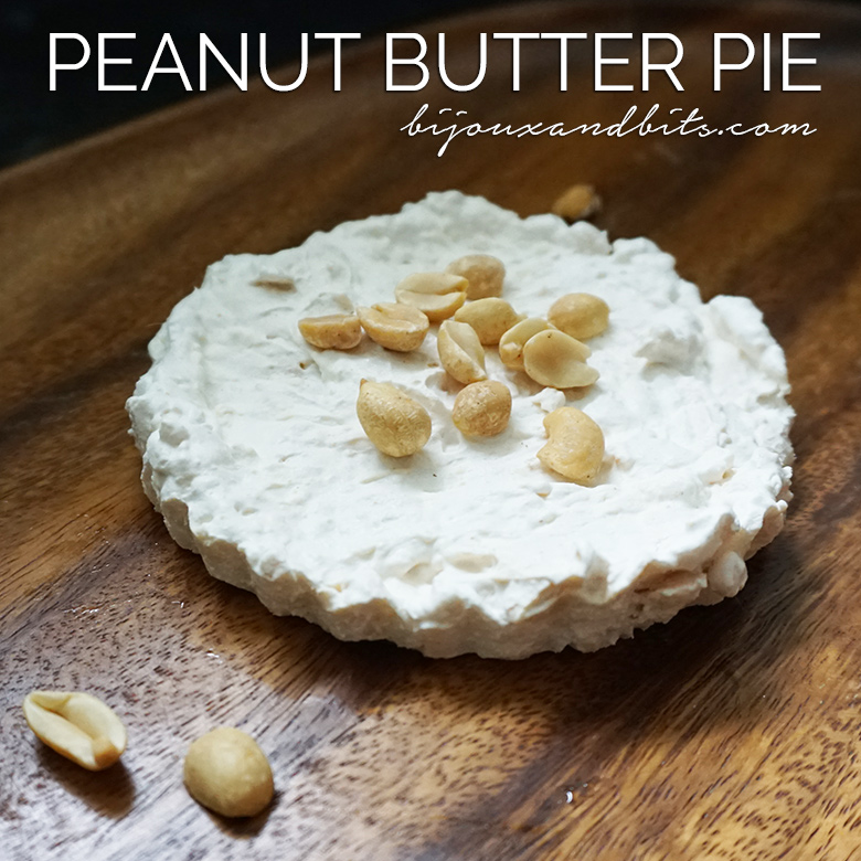 Low carb peanut butter pie recipe from @biijouxandbits