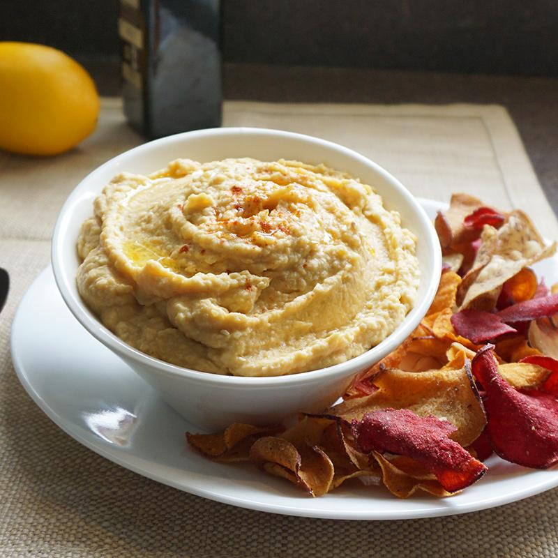 Butternut squash hummus recipe from @bijouxandbits