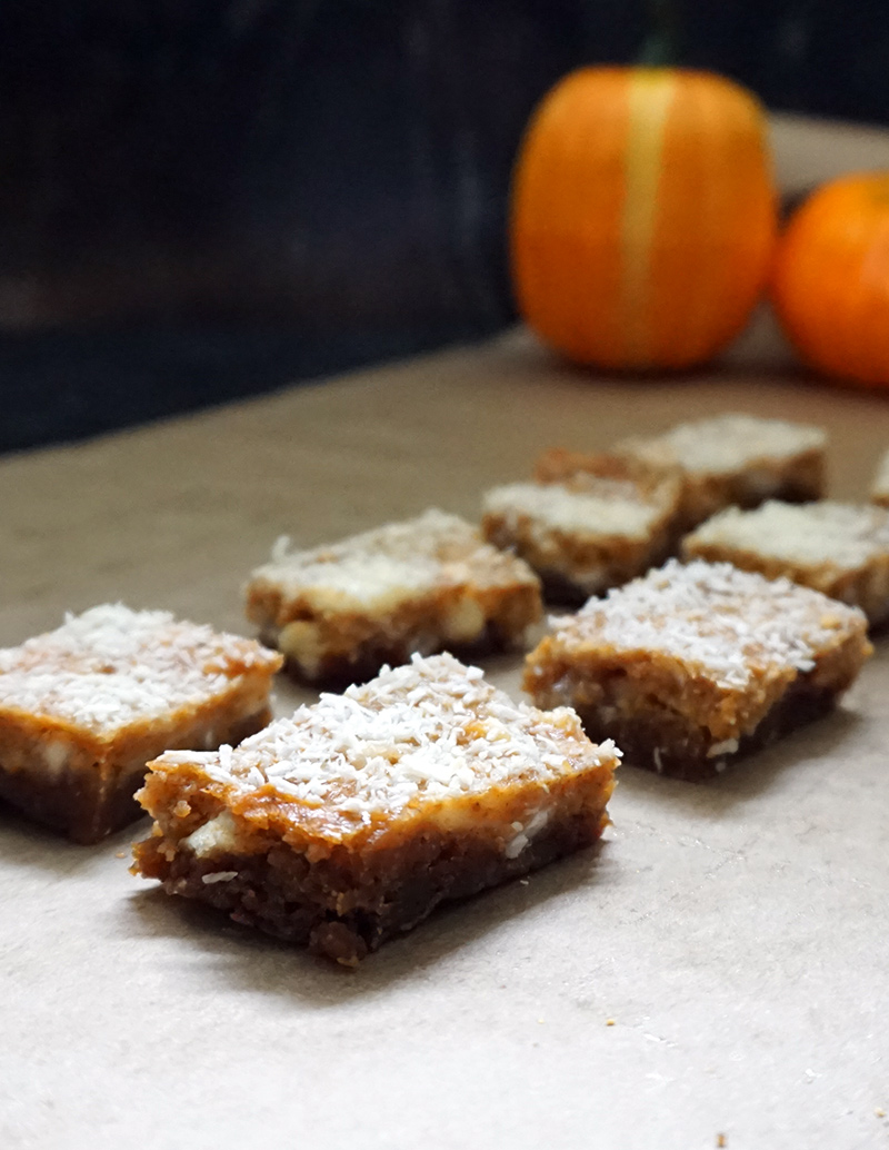 Pumpkin ginger dream bars from @bijouxandbits