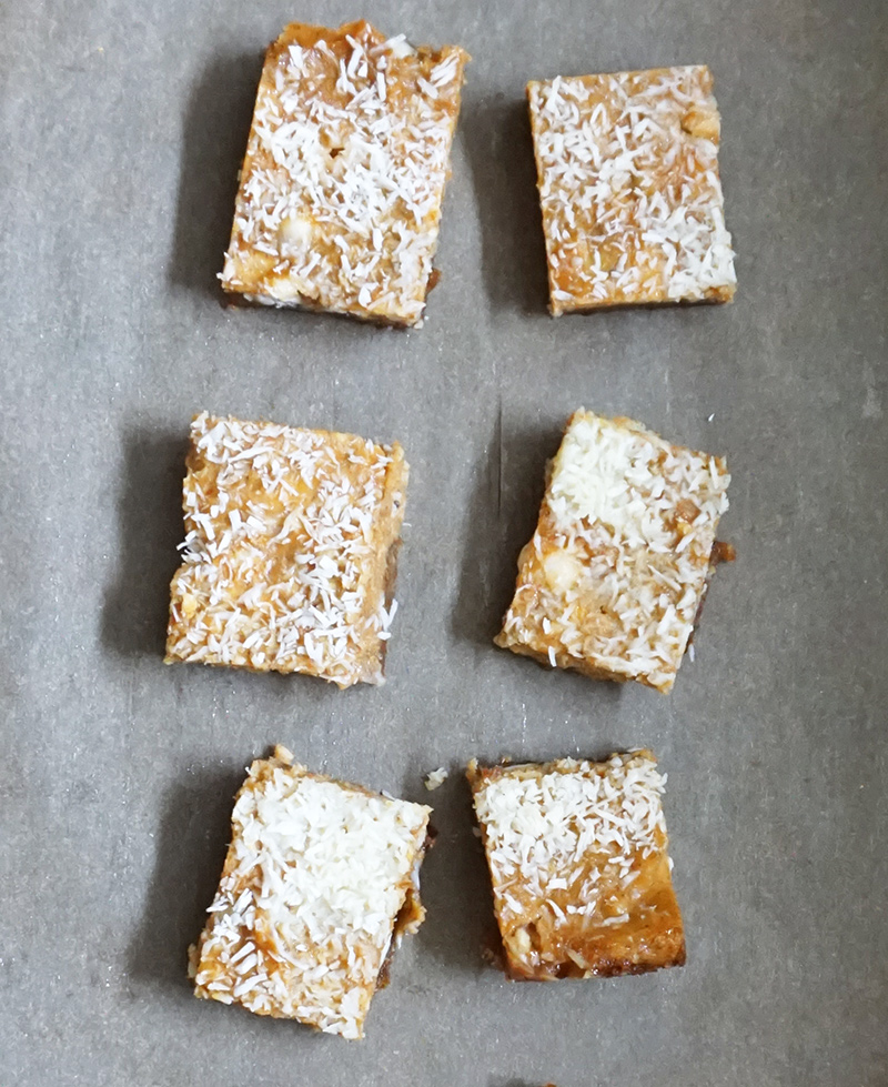 Pumpkin ginger dream bars from @bijouxandbitss