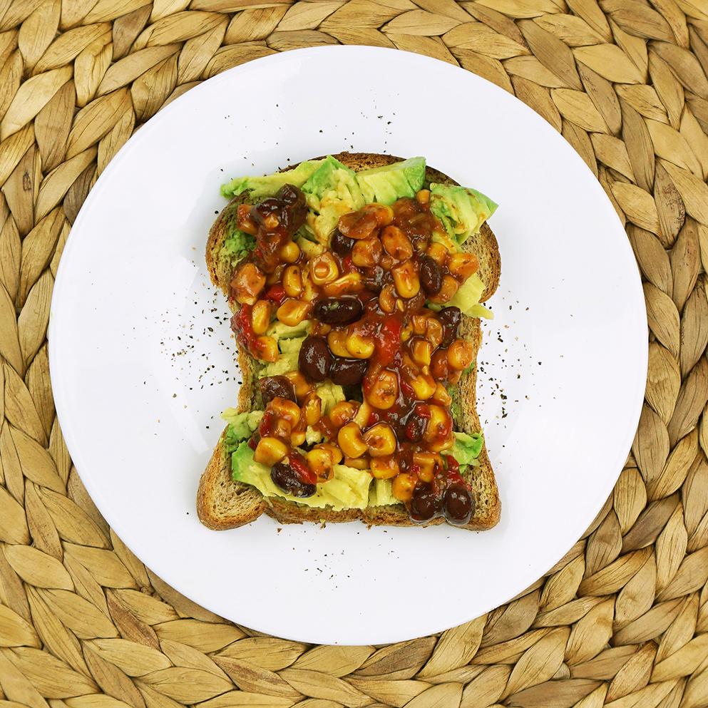 Corn salsa avocado toast from @bijouxandbits