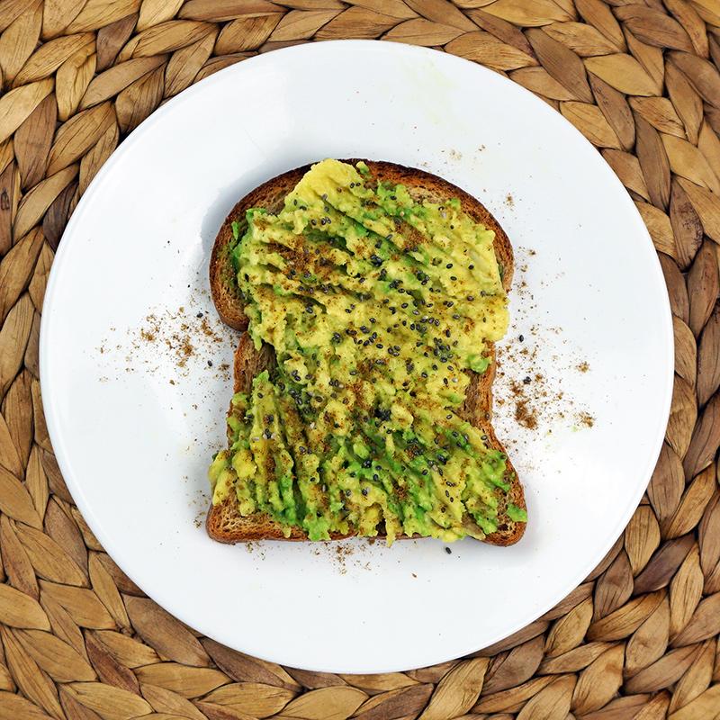 Garam masala avocado toast from @bijouxandbits