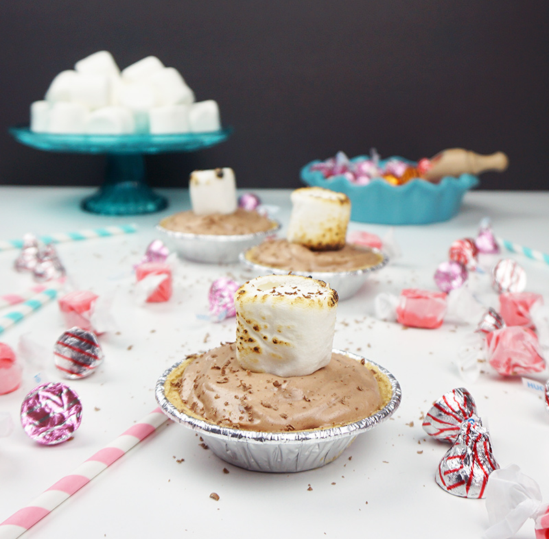 S'mores mousse recipe from @bijouxandbits