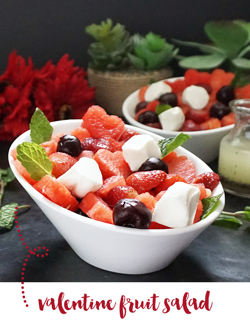 Valentine heart fruit salad with lemon poppy seed dressing from @bijouxandbits #valentinesday #fruitsalad
