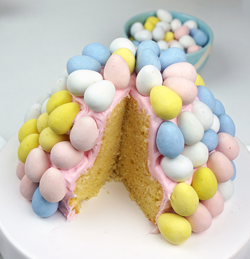 Easter egg cake from @bijouxandbits #easter #candy #cake
