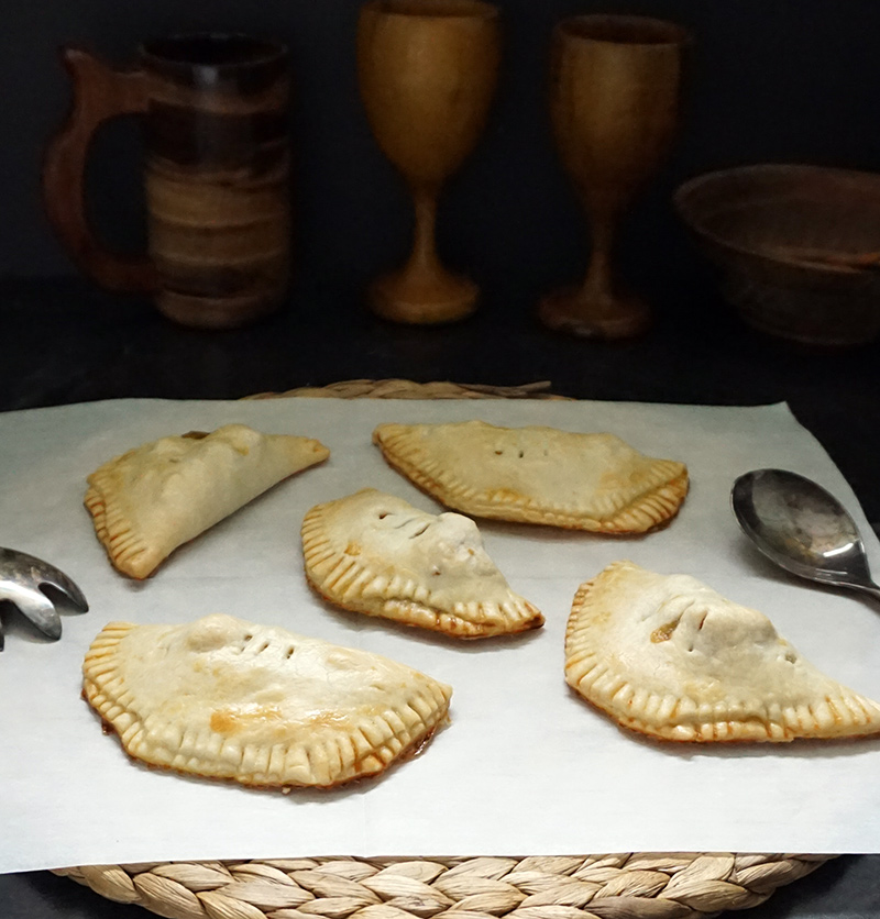 Rustic honeyed chicken hand pies from @bijouxandbits #gameofthrones #recipe