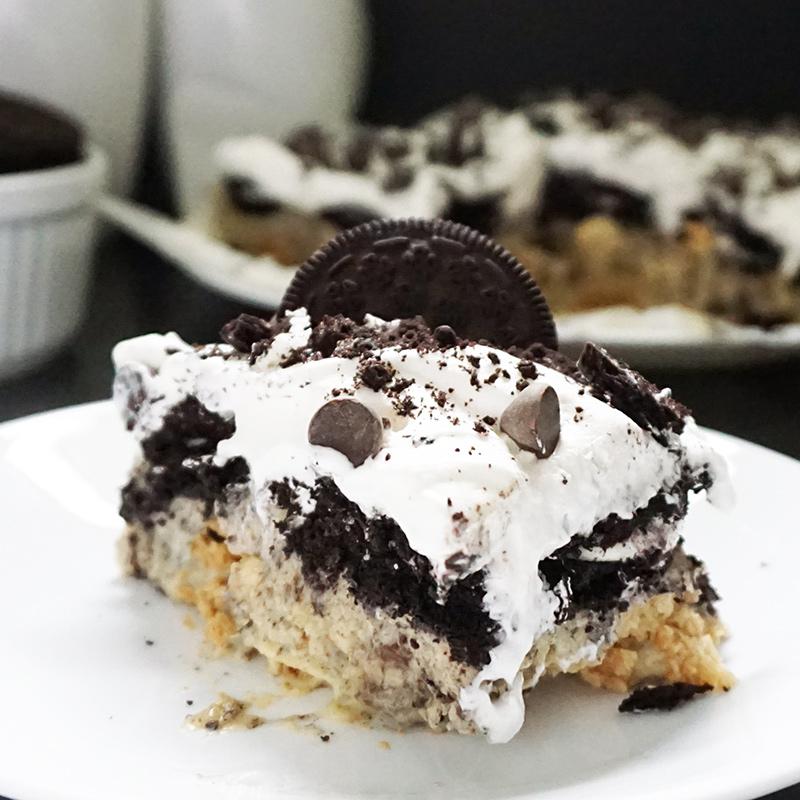 Oreo icebox cake from @bijouxandbits #oreo #desserts