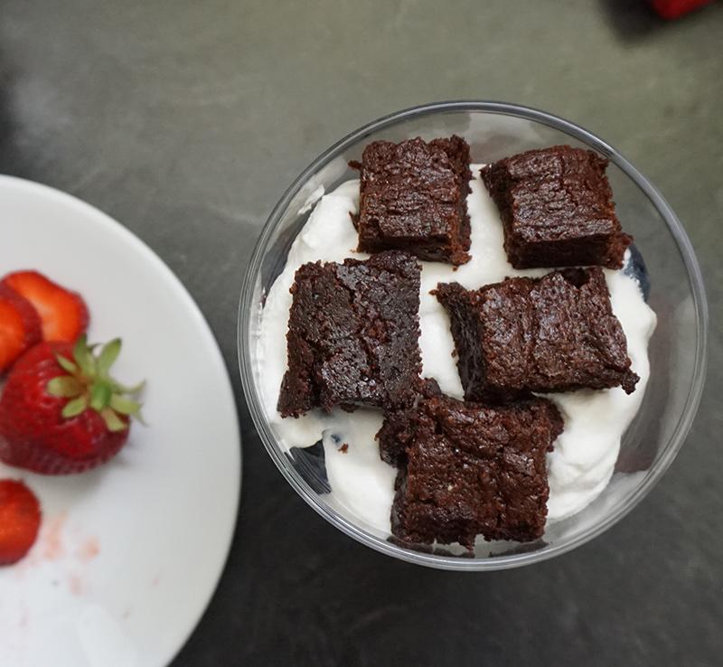 Berry brownie trifle from @bijouxandbits #ToraniFlavorParty @Torani