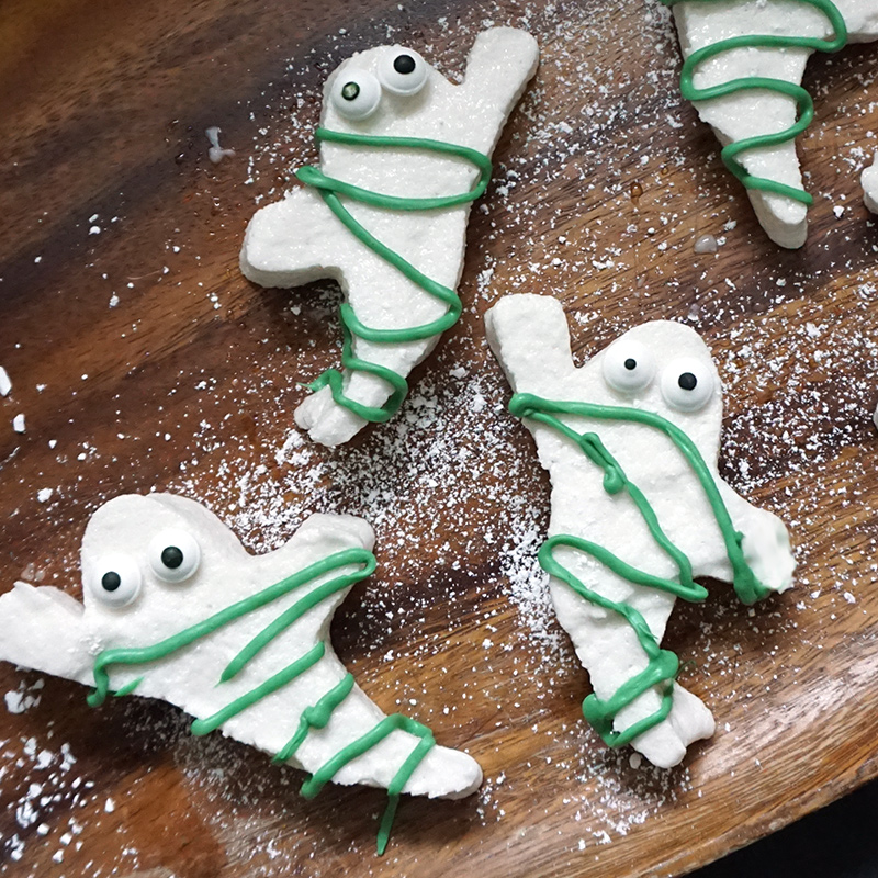 Ghostbusters marshmallows: ghosts getting busted