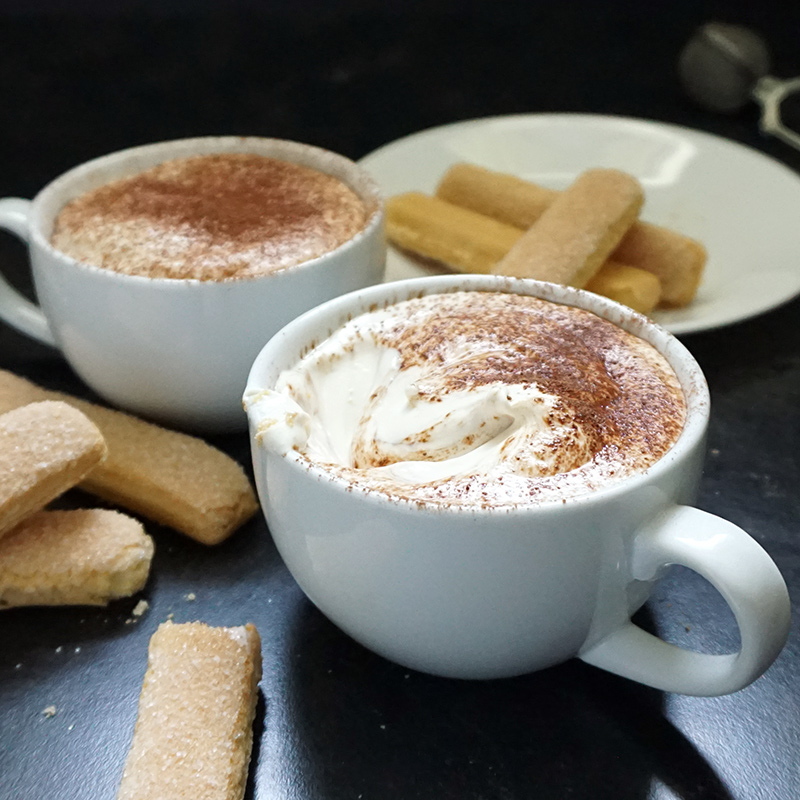 Easy tiramisu dip from @bijouxandbits