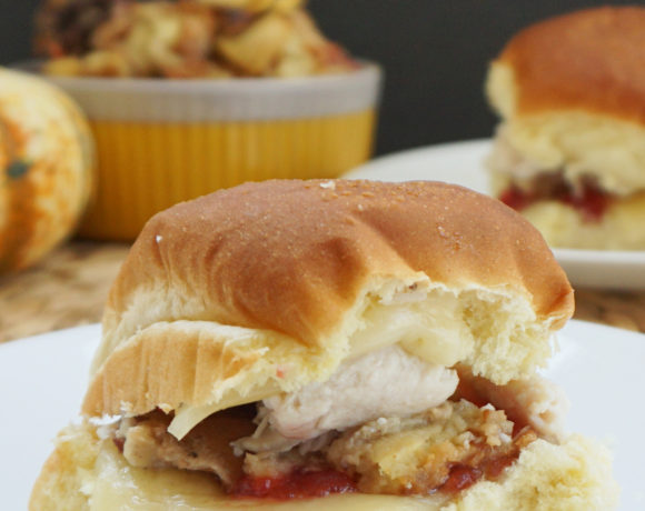 Thanksgiving leftover sliders from @bijouxandbits
