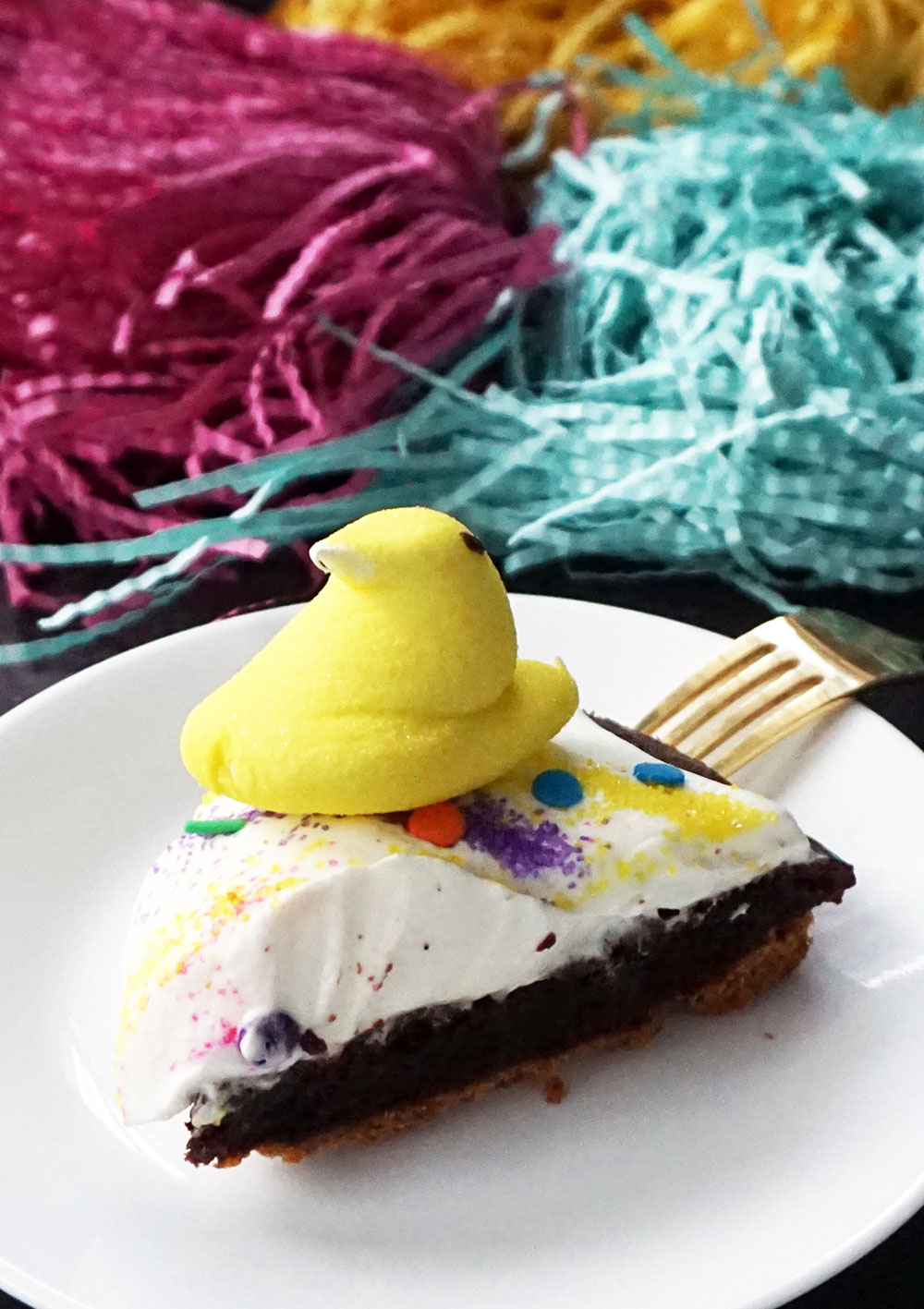 Marshmallow Peeps brownie s'mores pie