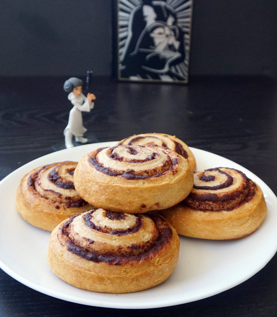 Leia cinnamon buns: This is the Star Wars premiere party food you're looking for